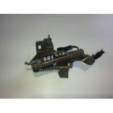 23080-31020 Резистор топливного насоса lexus gs 300 б/у