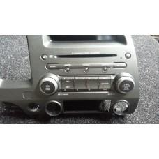 39100-SNA-G64ZA Магнитола блок управления аудио Honda Civic 4D VIII рестайлинг б/у