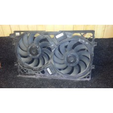 3D0805588E Диффузор вентилятор радиатора с блоком управления Phaeton б/у