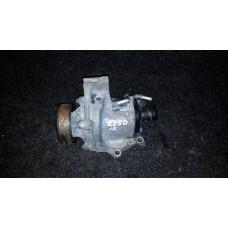 11061-1KC0B Корпус термостата помпа насос ОЖ водяной термостат JUKE SENTRA TIIDA б/у